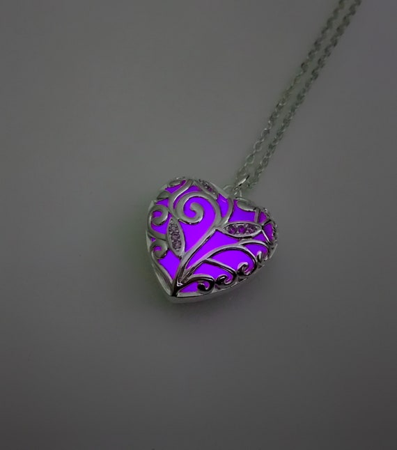 SILVER AND CRYSTAL BUTTERFLY NECKLACE IN PURPLE **UK SELLER** BRIDESMAID GIFT