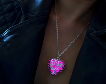 Pink Heart Necklace - Glowing Necklace - Girlfriend Gift - Wife Gift - Pink Glow In The Dark Jewelry - Bridesmaid Gift - Gifts for Her