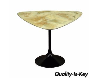 Vintage Mid Century Modern Resin Metal Tulip Base Saarinen Style Side Accent Table B