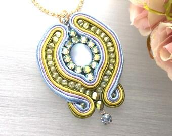 Soutache Pendant - Blue Medallion