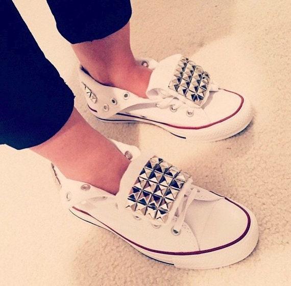 2borchie scarpe converse