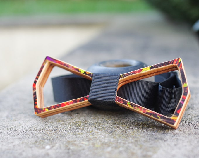 Bow tie recycled from green white #skateboard