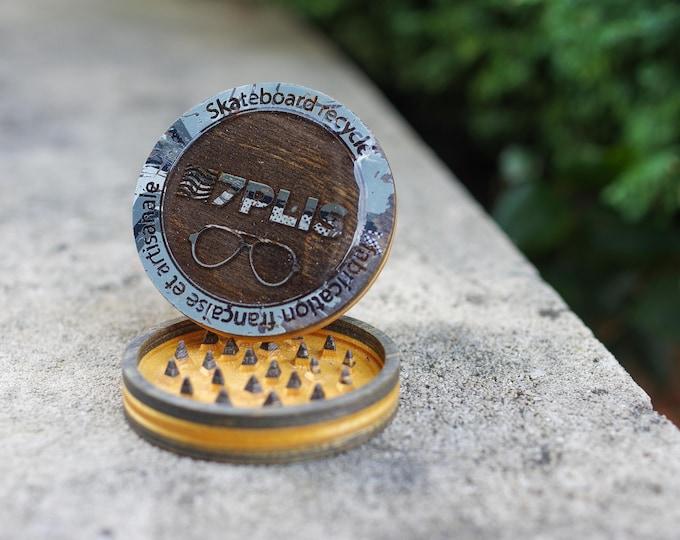 7PLIS Recycled Skateboard & resine Grinder black