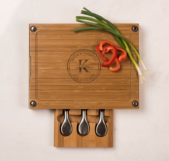 Personalized cutting board with 3 cheese tools