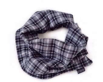 Baby boy Scarf / Plaid Black Scarf / Bib Scarf / Scarf-Bib / Toddler Scarf / Neck Warmer / Cowl Neck Scarf / MiBaby Boutique