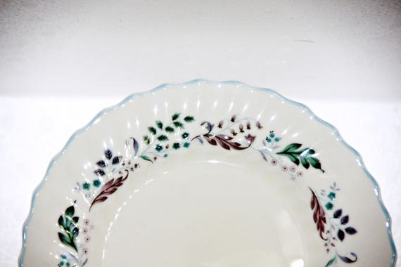 """13.5/""""Dx4.5/""""H 64OZ Large Red /& Gold Poinsettia Glass Serving Bowl"""