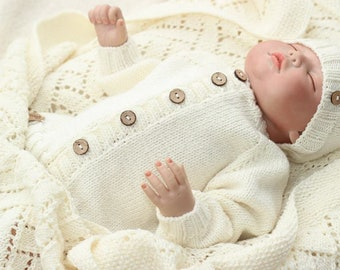 626e26fb1be8 Knit baby sweater