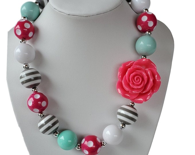 CHUNKY NECKLACE - Baby girls Necklace-  Birthday Necklace -  Toddler bubble gum  Necklace - Girls  Jewelry -  Baby elastic  Necklace