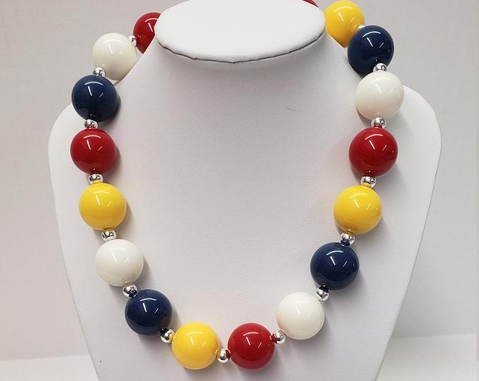 CHUNKY BUBBLE GUM  Necklace - Snow White Bubblegum Necklace - Girl Chunky Necklace - Chunky Bead Necklace - Elastic Necklace - Snow White