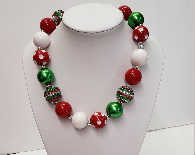 CHUNKY CHRISTMAS NECKLACE. Girls Chunky Christmas Holiday  Necklace, Bubblegum Chunky Necklace Girls Necklace Toddler necklace.