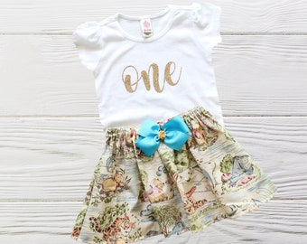 Classic Winnie the Pooh Birthday Outfit | Girl Pooh birthday outfit | Personalized Birthday Outfit | Classic Pooh Age Girls Outfit