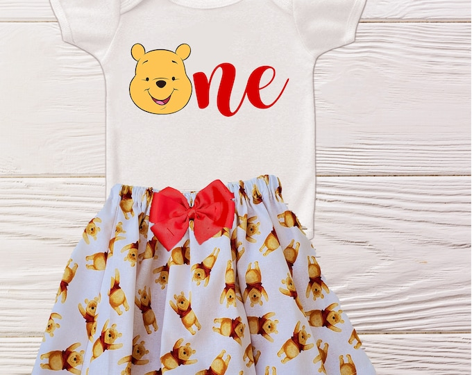 Winnie the Pooh Birthday outfit | Girls  Winnie the Pooh First birthday | Girls Birthday outfit | Disney Pooh  baby outfits