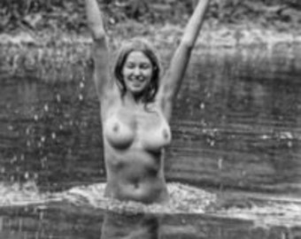 D0219 = Joyce F. (March 30, 1972)