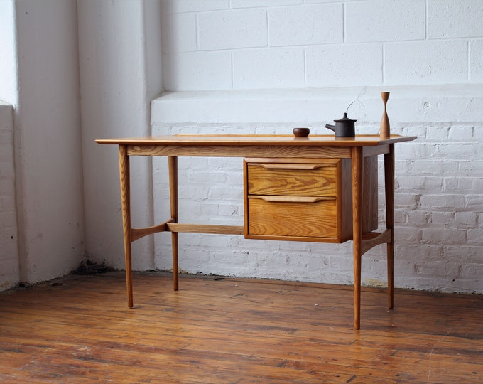 Restored Heywood Wakefield Floating Pedestal Desk