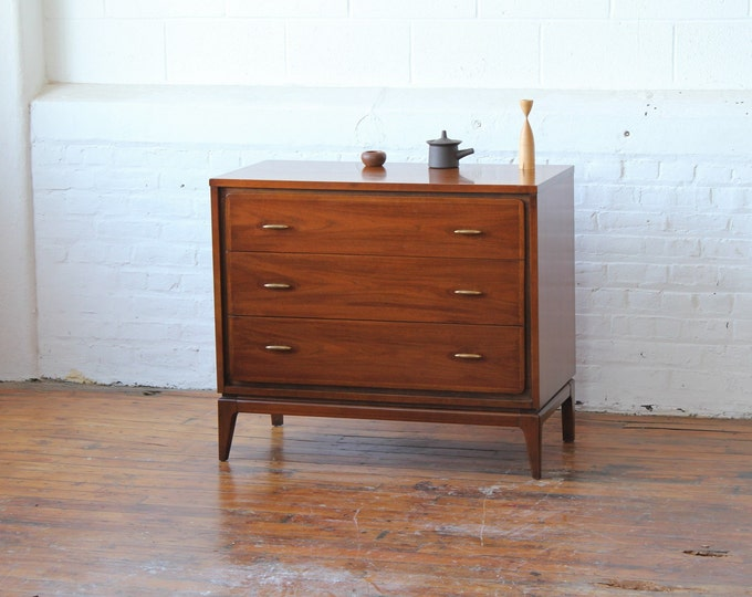 "Kent Coffey ""Simplex"" Bachelor Chest"
