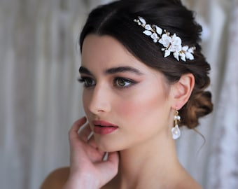 Pearl meadow Hair Comb, Wedding hair Comb, bridal accessories, bridal headpiece, bridal hair piece, wedding comb, bridal hair accessories