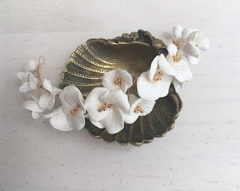 Bridal hair vine, Clay flowers bridal hair vine, delicate hair vine, wedding hair vine, wedding hairpiece, bridal accessories