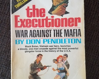 The Executioner War Against the Mafia by Don Pendleton 1971 Paperback Free Shipping
