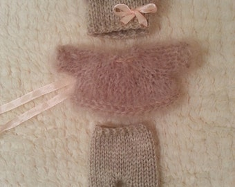 "Hand Knitted Dolls Clothes for 8""  OOAK  Doll (# 0003)"