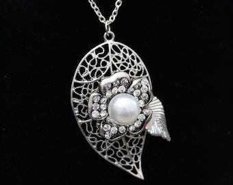 Silver Flower Pendant Necklace, Flower Necklace, Silver Pendant Necklace, Silver Flower Necklace, Silver Necklace