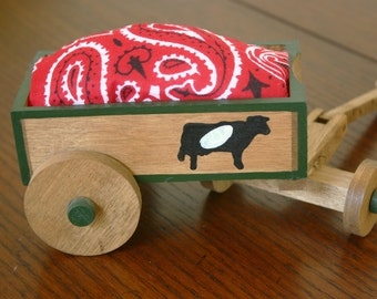 Last Chance Sale, Wooden Wagon, Wagon Wheel, Pin Cushion, Pin Cushion Set, Gifts for Quilters, Gifts for Seamstresses, Seamstress Gift, sale