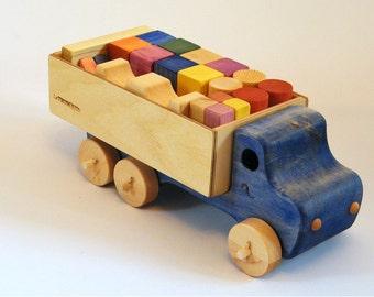 Jeu de blocs de bois avec son camion