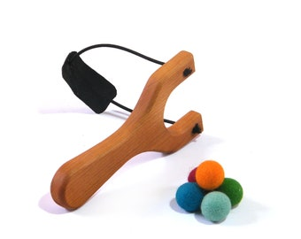 Wooden Pom pom SlingShot Toy