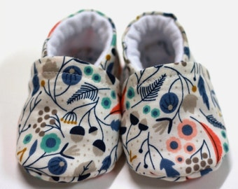 Booties & Cot Shoes