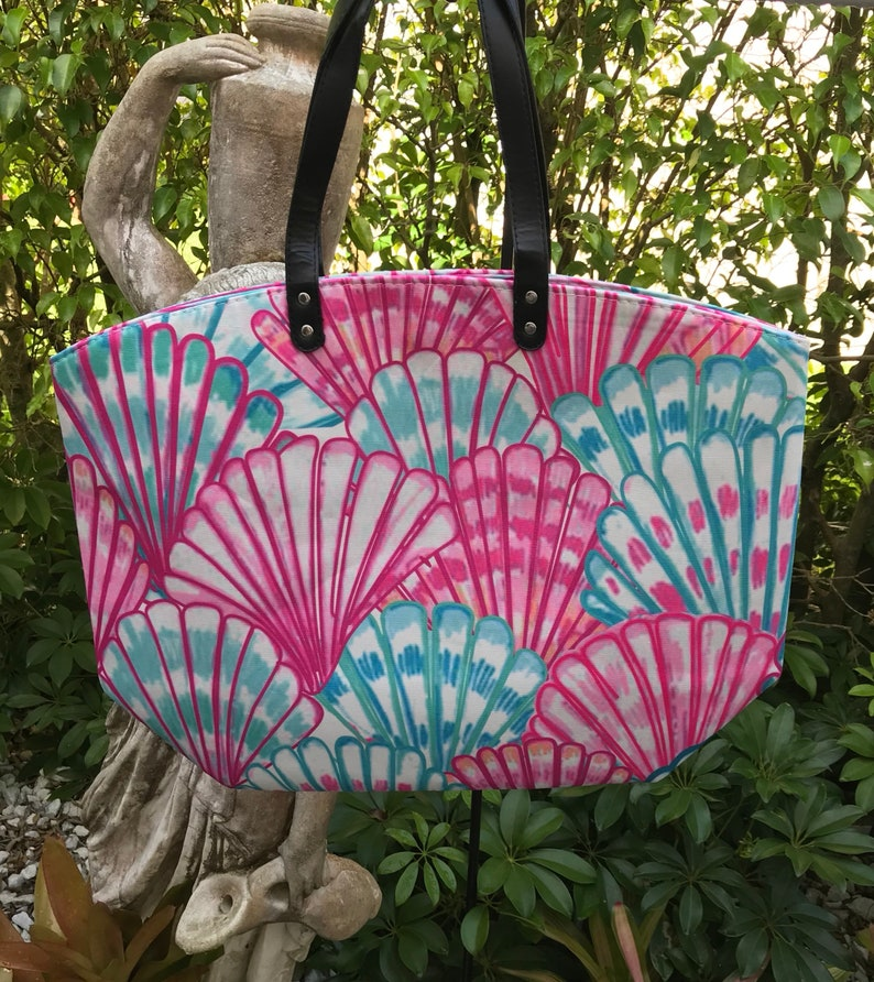 monogrammed tote,beach bag Personalized tote Bridesmaid gift, Lilly  Inspired bag