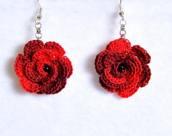 Pendant earrings with crochet Rose