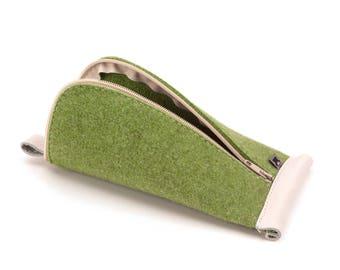 Pine Green Wool Felt, Light Gray Leather
