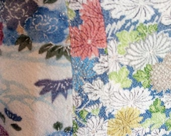 Silk skirt Pastel colorfulGr.M with lace hem