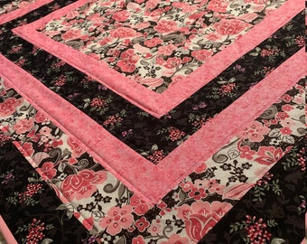 Floral Quilt/Pink Quilt/Birthday Gift/Mother's Day/Housewarming/Easter/Christmas Gift/Mom's Birthday/Anniversary/Chair Throw/Home Decor