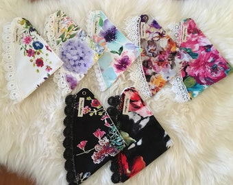 Dribble Bibs with Lace (Small)