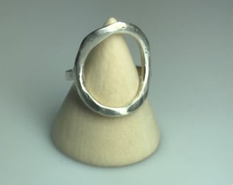 Shapely Sterling / Simple Sterling Ring / Circle / Hammered Silver/ Artisan Sterling/ Ring Size 7.5