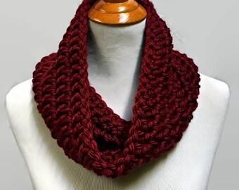 Maroon Cowl, Burgundy Scarf, Burgundy Cowl Scarf, Circle Scarf, Crochet Cowl, Chunky Knit Cowl, Chunky Crochet Cowl, Small Infinity Scarf