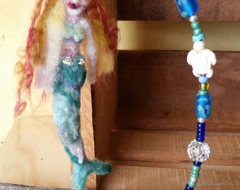 Mermaid art doll. Bead wire and stand. Needle felt. Fiber art