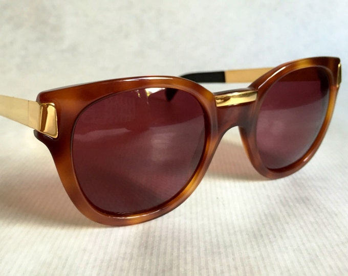 Gianfranco Ferre GFF 16 Vintage Sunglasses including Ferre Case - New Old Stock