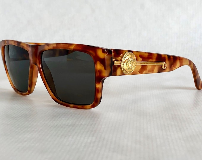 a673a1a3ca Gianni Versace 372 DM Col 830 BD Vintage Sunglasses – New Old Stock –  Including