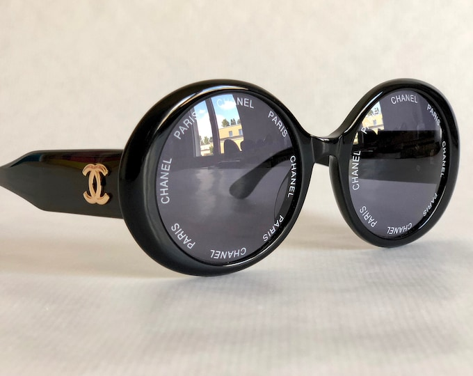 CHANEL 01949 94305 Vintage Sunglasses New Old Stock including Case and Cloth