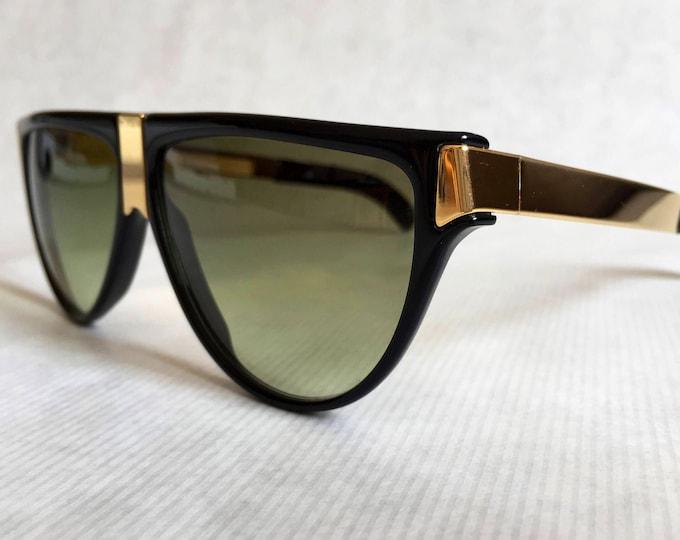 Gianfranco Ferre GFF 26 Vintage Sunglasses including Ferre Case - New Old Stock