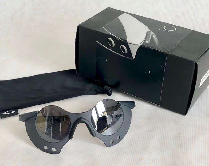 Oakley Zero 0.3 Vintage Sunglasses – New Old Stock – Including Box – Made in the USA