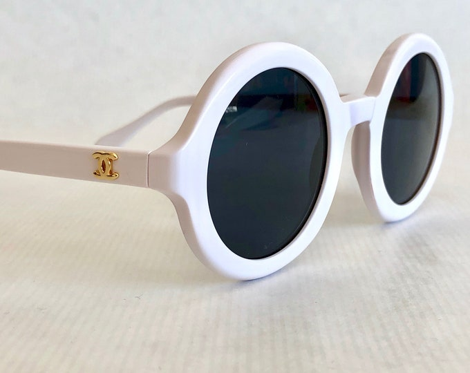 CHANEL 0017 00 Vintage Sunglasses New Old Stock including Case