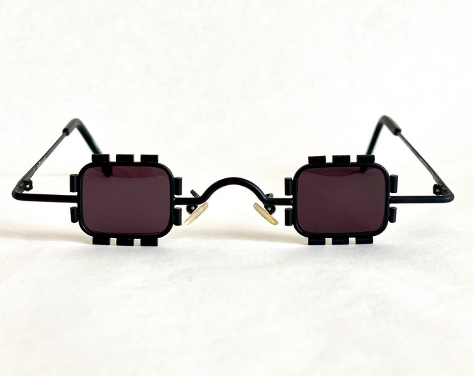 1996 l.a. Eyeworks James Bondo Vintage Micro Sunglasses – Made in Morocco – New Old Stock