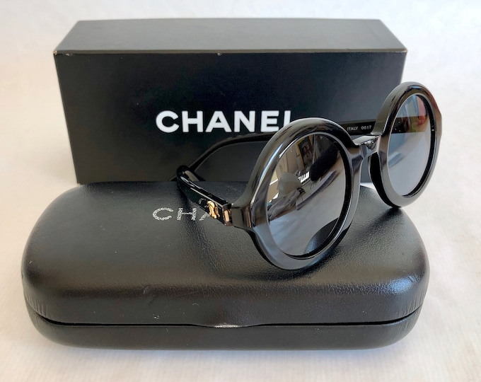 CHANEL 0017 10 Vintage Sunglasses New Old Stock including Case and Box