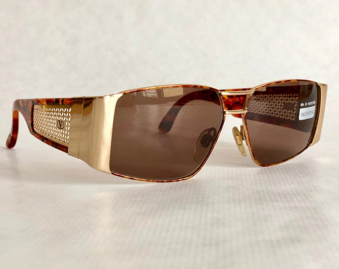 Valentino V610 Vintage Sunglasses - New Old Stock - Made in Italy