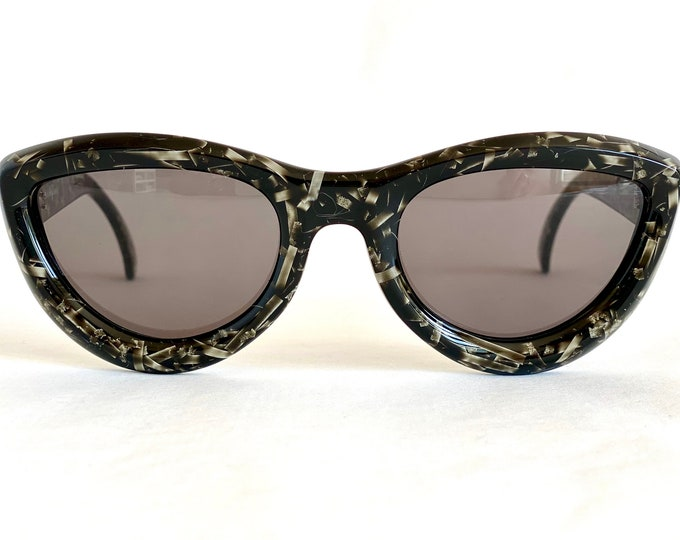 Christian Dior 2907 Vintage Sunglasses – New Old Stock – Made in Austria in 1994