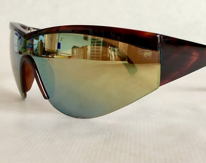 Gianni Versace Mod 674 Col 900 UPDATE Vintage Sunglasses – New Old Stock