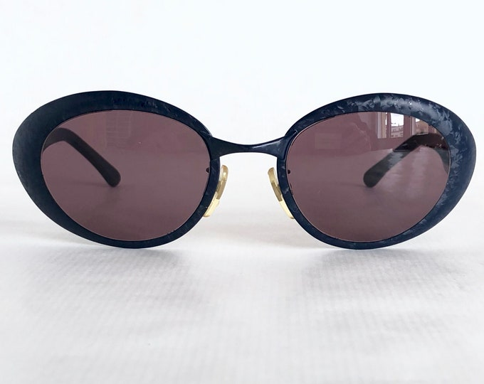 Fendi 7091 Vintage Sunglasses – New Old Stock – Made in Italy