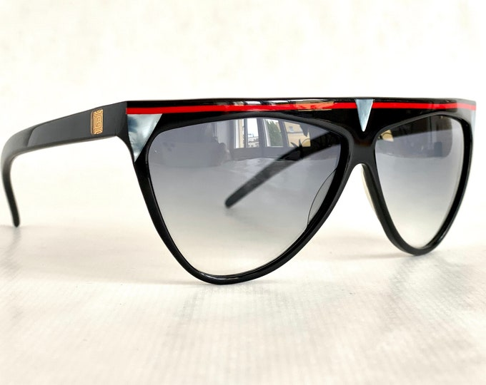 Laura Biagiotti T32 Vintage Sunglasses - New Unworn Deadstock – Made in Italy